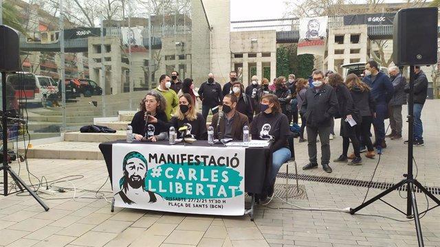 Roda de premsa del grup de suport Carles Llibertat pel manifestant de Barcelona empresonat durant les protestes a favor de Pablo Hasél. Catalunya (Espanya), 26 de febrer del 2021.