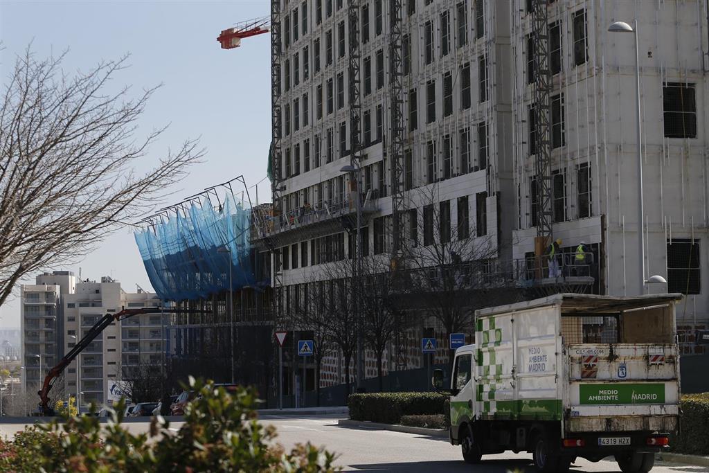 El Euríbor frena su caída en su quinto aniversario en negativo