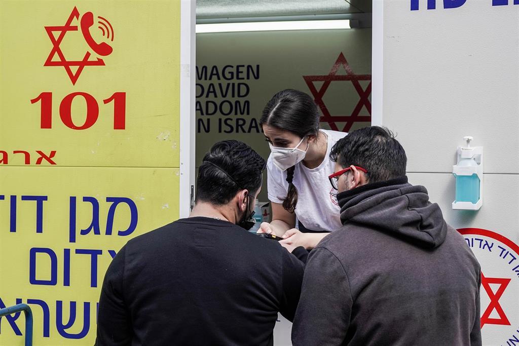 Israel paraliza sus exportaciones de vacunas a países aliados bajo sospecha de falta de transparencia