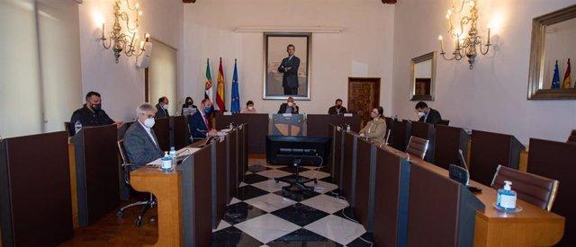 Pleno de la Diputación de Cáceres correspondiente al mes de febrero