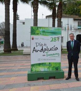 José Luis Sanz, en la muestra sobre el referéndum de 1980 en la prensa de la época