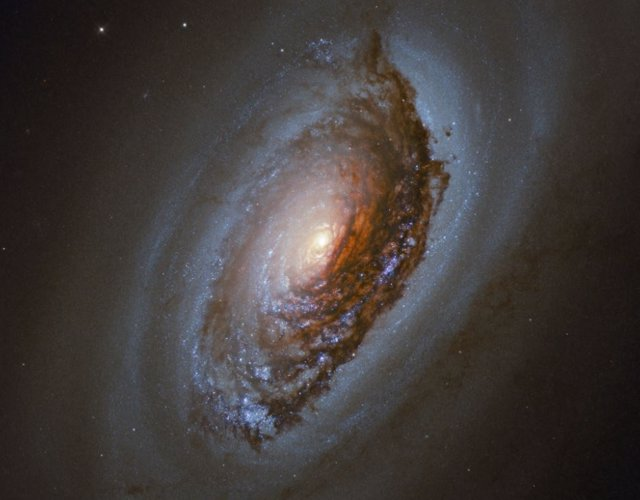 Galaxia NGC 4826