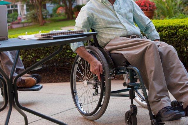 Archivo - Silla de ruedas, Duchenne, distrofia, parapléjico, paraplejia