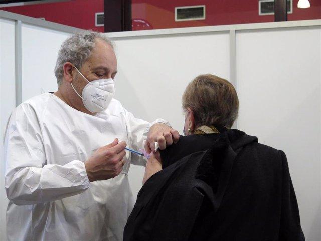 Coronavirus.- La incidencia acumulada en Asturias a 14 días se sitúa en 227,02 casos por cien mil habitantes