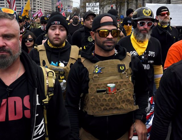 El líder del grupo de extrema derecha Proud Boys, Enrique Tarrio.
