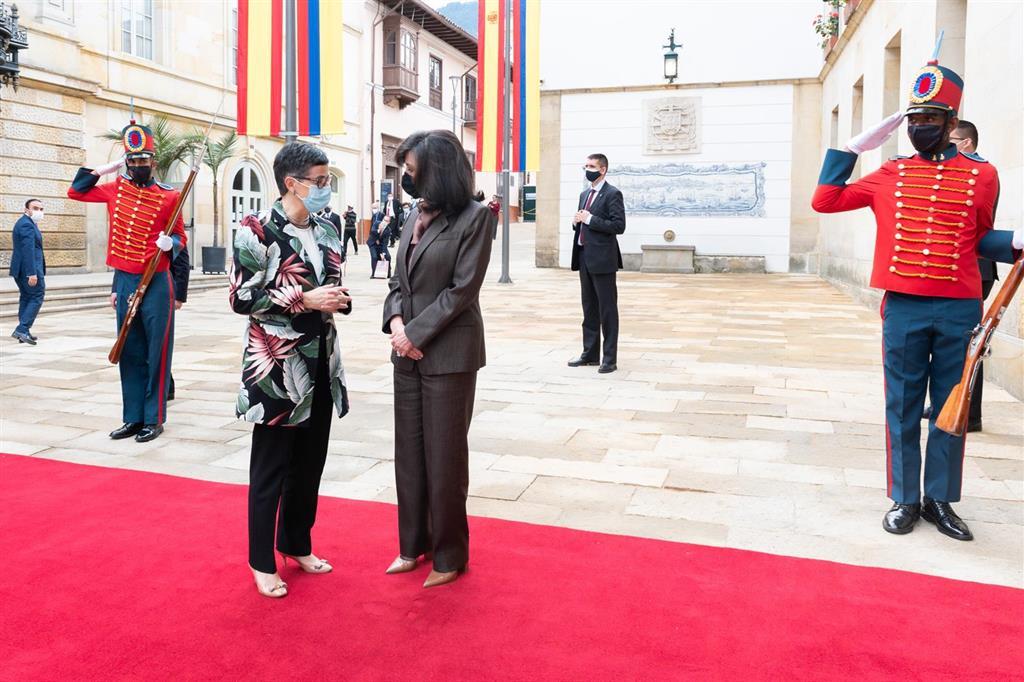 González Laya reitera a Colombia el apoyo de España al proceso de paz y a la acogida de migrantes venezolanos