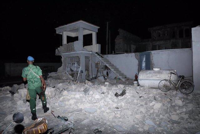 Archivo - Imagen de archivo de un atentado de Al Shabaab en Mogadiscio