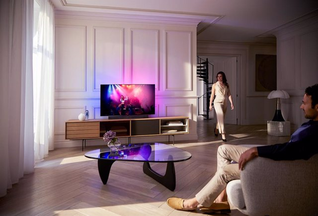 Archivo - Philips OLED+