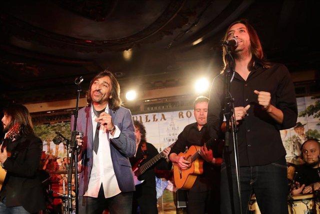 Archivo - Antonio Carmona durante una actuación en al tablao falmenco 'Villa Rosa' de Madrid
