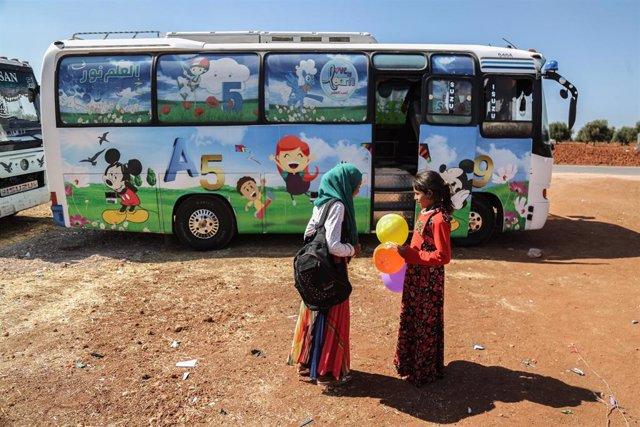 Archivo - Imagen de archivo de niños sirios