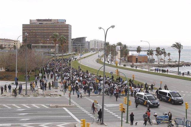 Una de las manifestaciones convocadas por 'Resistencia Balear'.