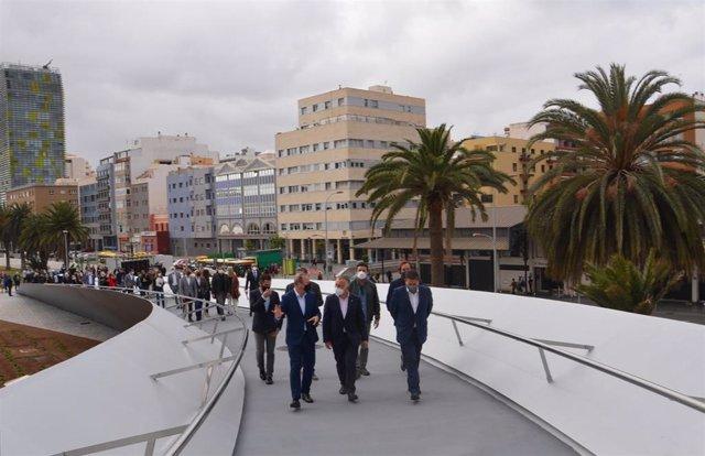 Inaugurada la pasarela 'Onda Atlántica', que buscar se un nuevo símbolo arquitectónico de Las Palmas de Gran Canaria