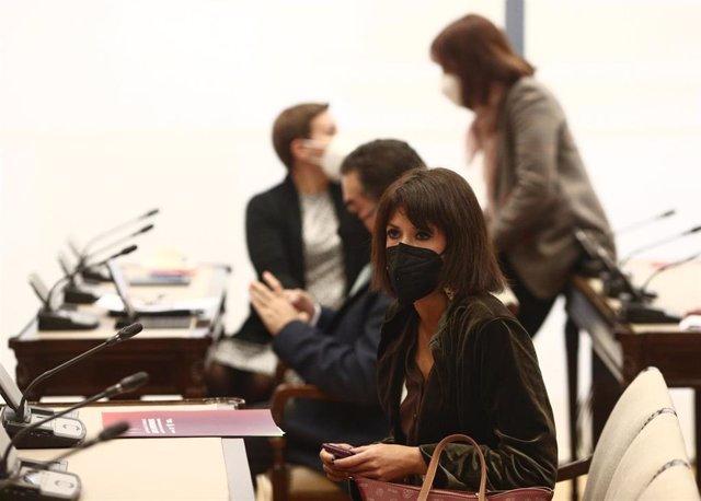 La secretaria general de Podemos Andalucía, Martina Velarde, durante una reunión de la Comisión de Justicia, en el Congreso, en Madrid (España), a 16 de febrero de 2021.