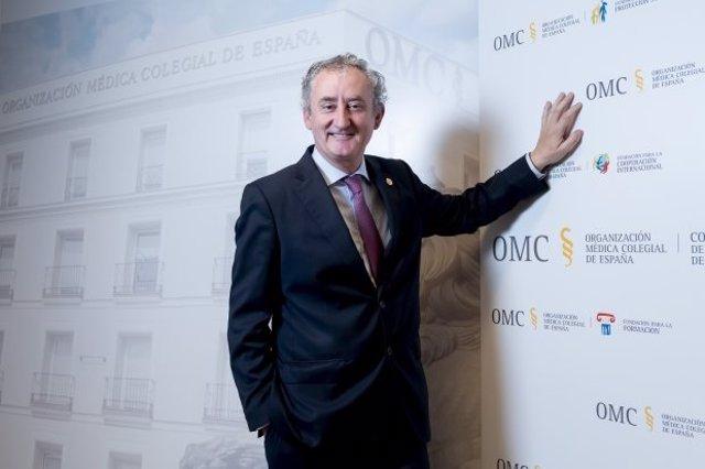Archivo - El doctor Tomás Cobo, nuevo presidente del CGCOM
