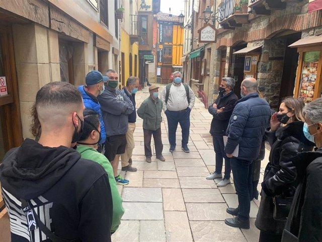 El vicepresidente de Cantabria, Pablo Zuloaga, visita Potes