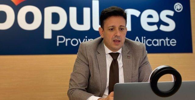 El portavoz de sanidad del Grupo Popular en Les Corts, Jose Juan Zaplana