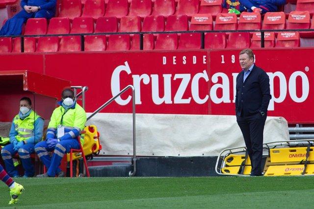 Ronald Koeman, head coach of Barcelona, during LaLiga, football match played between Sevilla Futbol Club and Futbol Club Barcelona at Ramon Sanchez Pizjuan Stadium on February 27, 2021 in Sevilla, Spain.