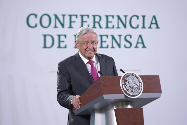 HANDOUT - 25 February 2021, Mexico, Mexico City: Mexican President Andres Manuel Lopez Obrador speaks during his daily press conference. Photo: ---/Presidencia Mexico/dpa - ACHTUNG: Nur zur redaktionellen Verwendung und nur mit vollständiger Nennung des v