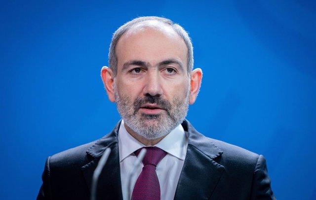 Archivo - El primer ministro de Armenia, Nikol Pashinián