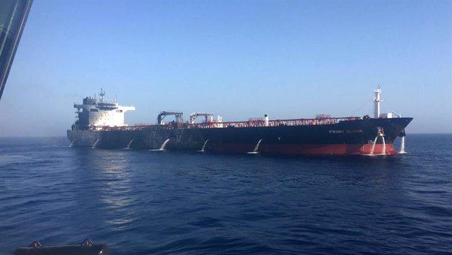 Archivo - Buque afectado por un posible ataque en el golfo de Omán en 2019