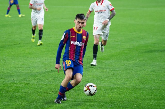 "Pedro ""Pedri"" Gonzalez of Barcelona during Semi-finals round of Copa del Rey, football match played between Sevilla Futbol Club and Futbol Club Barcelona at Ramon Sanchez Pizjuan Stadium on February 10, 2021 in Sevilla, Spain."
