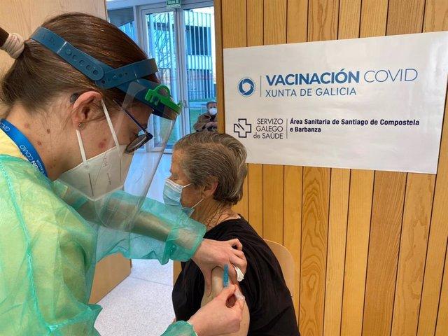 Vacunación de personas mayores de 80 años en Galicia