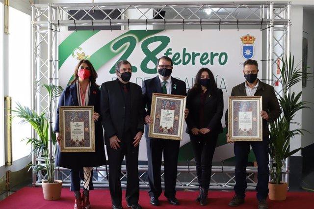 Entrega de reconocimientos del Ayuntamiento de Carmona (Sevilla) por el 28 de febrero, Día de Andalucía.
