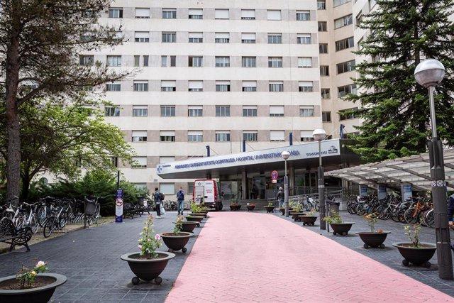 Archivo - Exterior del Hospital de Txagorritxu (Vitoria)