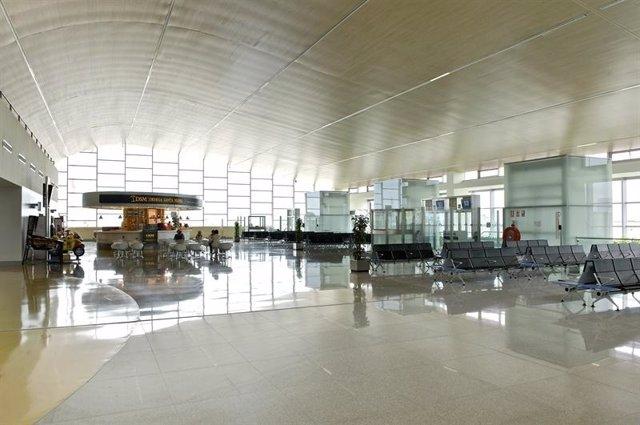 Archivo - Aeropuerto de Menorca
