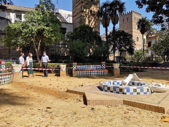 """Archivo - Sevilla.-Cs reclama un plan de vigilancia en Jardines de Murillo para que el vandalismo """"no se apodere del patrimonio"""""""