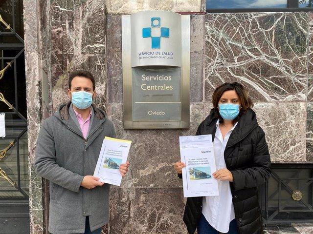 Los diputados del PP Álvaro Queipo y Beatriz Polledo