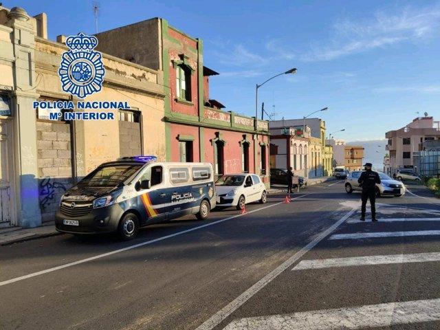 Archivo - Control de la Policía Nacional en Santa Cruz de Tenerife