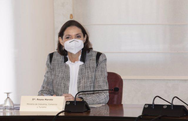 La ministra de Industria, Comercio y Turismo, Reyes Maroto, en Castellón de la Plana, Castellón, Comunidad Valenciana, (España), a 22 de febrero de 2021.
