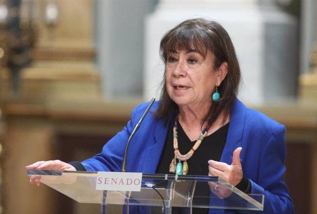Archivo - La vicepresidenta primera del Senado y portavoz de la Mesa, Cristina Narbona, ofrece una rueda de prensa tras la Junta de Portavoces en la Cámara Alta, en el Salón de los Pasos Perdidos, en Madrid (España) a 22 de septiembre de 2020.