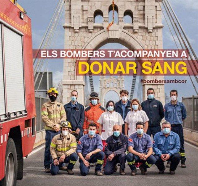 Els Bombers i Banc de Sang engeguen una campanya per aconseguir 5.000 donacions abans de Setmana Santa, anomenada 'Els Bombers t'acompanyen a donar sang'.