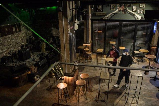 Un bar en Estambul.