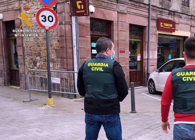 Nota De Prensa Guardia Civil Detiene A Dos Personas Por Tres Robos En Estancos