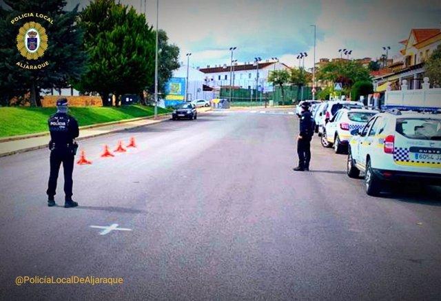 Archivo - Control de la Policía Local de Aljaraque (Huelva).