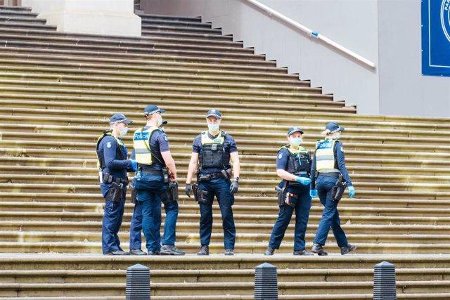 Archivo - Agentes de la Policía de Australia.