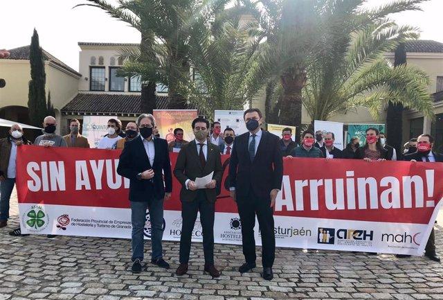Los hosteleros de toda Andalucía anuncian movilizaciones el 15 de marzo.