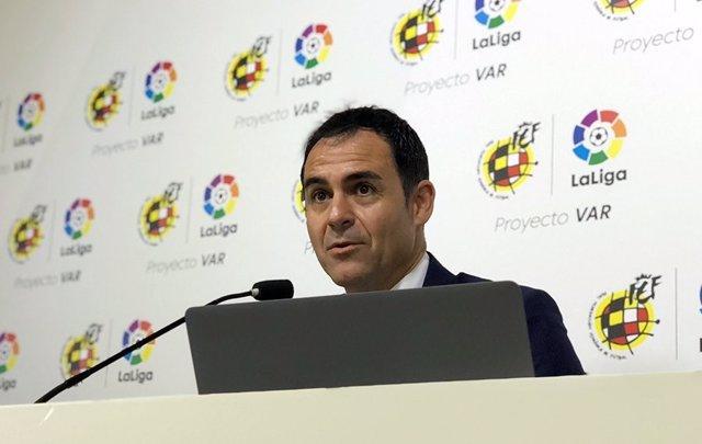 Archivo - Presidente del Comité Técnico de Árbitros (CTA) de la Real Federación Española de Fútbol (RFEF), Carlos Velasco Carballo