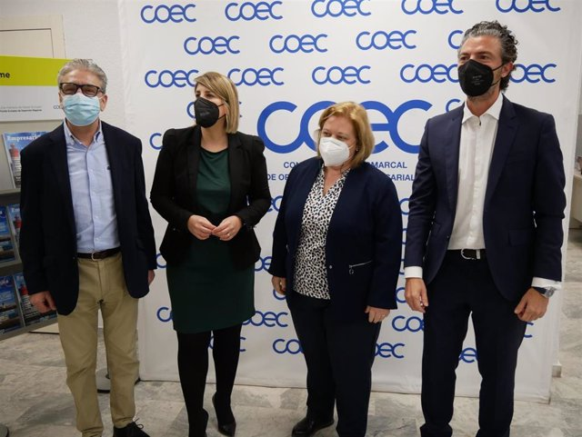 De izquierda a derecha, Miguel Ángel Miralles, Noelia Arroyo,  Ana Correa y Alfonso Hernández Zapata