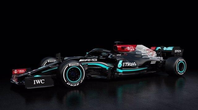 Mercedes presenta el nuevo W12