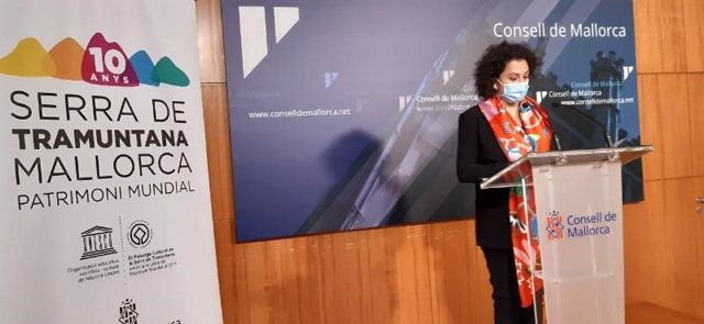 La consellera insular de Territorio, Maria Antònia Garcías, durante una rueda de prensa.