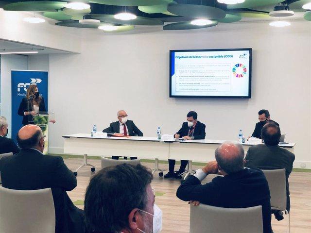 El director general de FCC Medio Ambiente, Jordi Payet, acompañado de Vicente Galván, Director General de Economía Circular de la Consejería de Medio Ambiente de la Comunidad de Madrid, presentan la nueva Estrategia de Sostenibilidad 2050 de FCC Medio Amb
