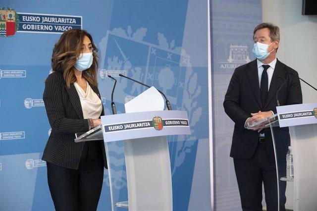 La consejera de Gobernanza Pública y Autogobierno, Olatz Garamendi, ha comparecido en Vitoria ante los medios de comunicación tras el Consejo de Gobierno semanal