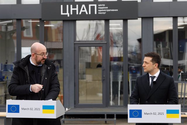 HANDOUT - 02 March 2021, Ukraine, Donbass: President of Ukraine Volodymyr Zelensky (R) and the President of the European Council Charles Michel speak at a press conference during a visit to the Donbass region in Ukraine. Photo: Dario Pignatelli/European C