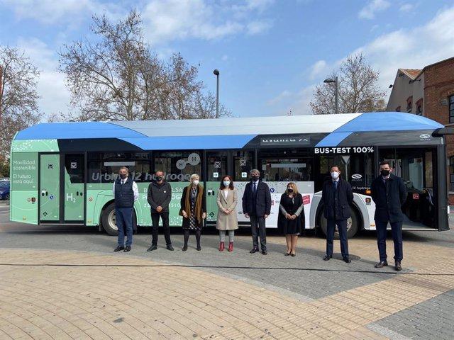 Presentación del autobús propulsado por hidrógeno en Madrid