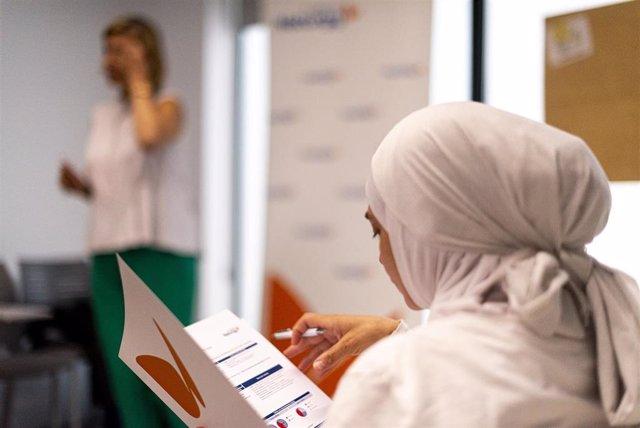 Archivo - Fundación Naturgy crea un servicio de acompañamiento personalizado para familias vulnerables en Andalucía.