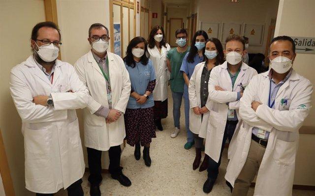 Parte del equipo de Otorrinolaringología del hospital Virgen de las Nieves